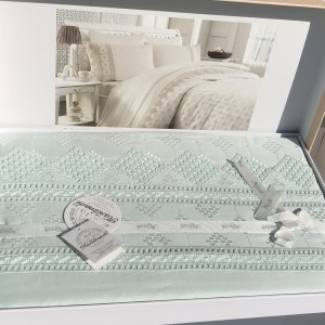 Постельное белье cатин делюкс с вышивкой Perissa su yesili (200x220)